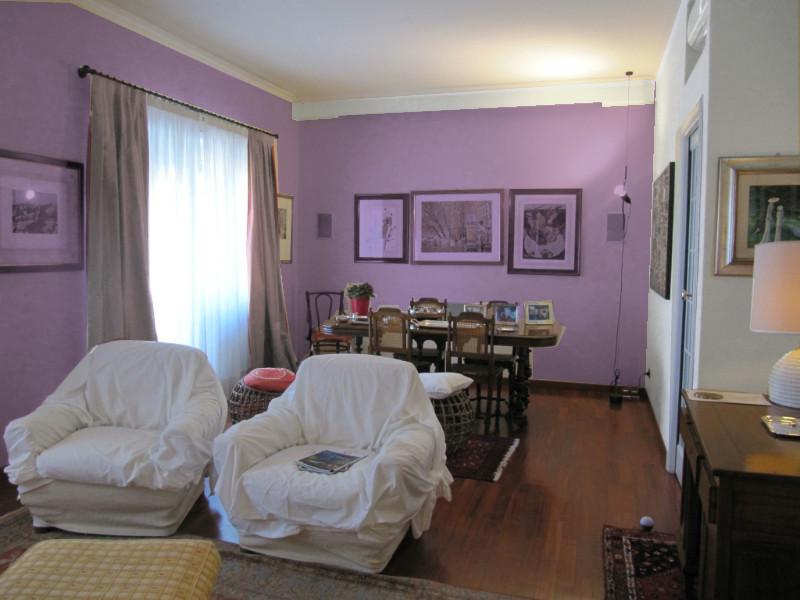 L 39 architetto risponde colore pareti soggiorno mammachecasa for Tende lilla glicine