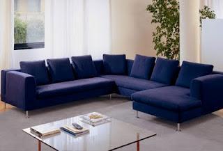 L 39 architetto risponde colore ingresso e soggiorno for Divano blu colore pareti