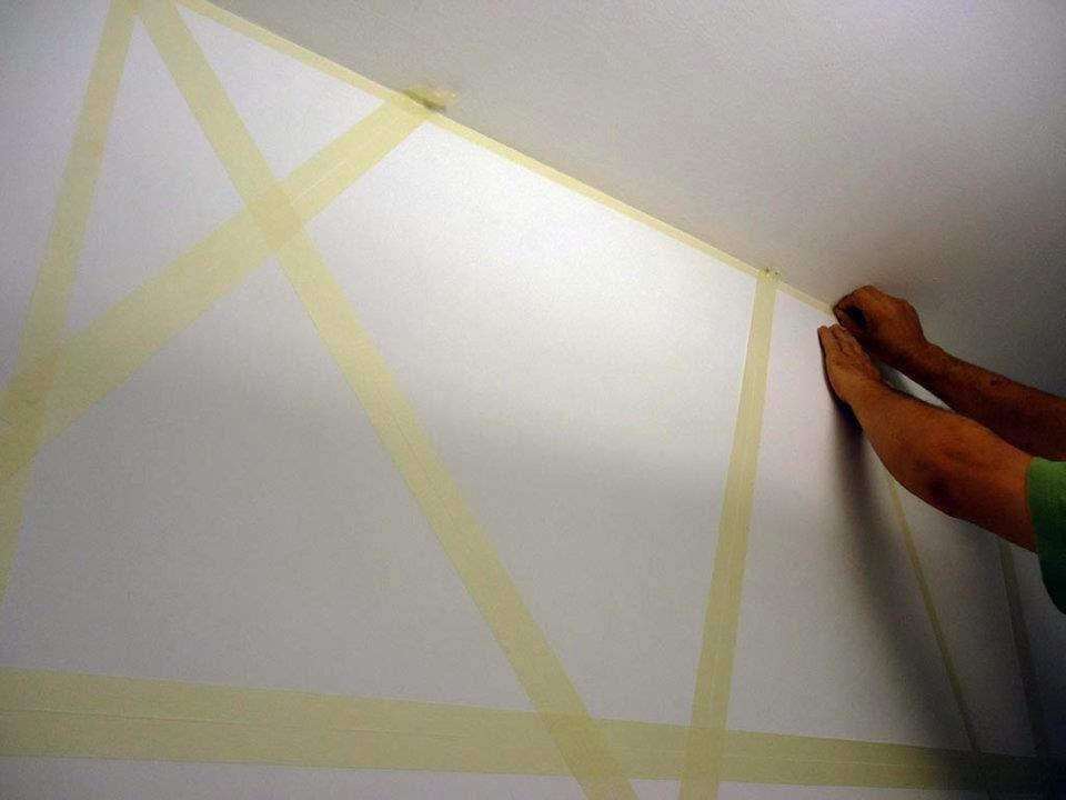 Parete a righe verticali tutorial design casa creativa e - Imbiancare casa fai da te ...