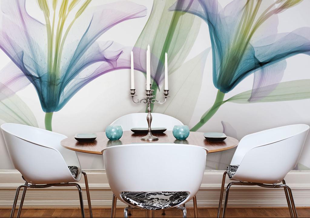Questa carta fiorita di Glamora, dai toni delicati e perfetta per un ambiente minimalista nei toni del bianco.