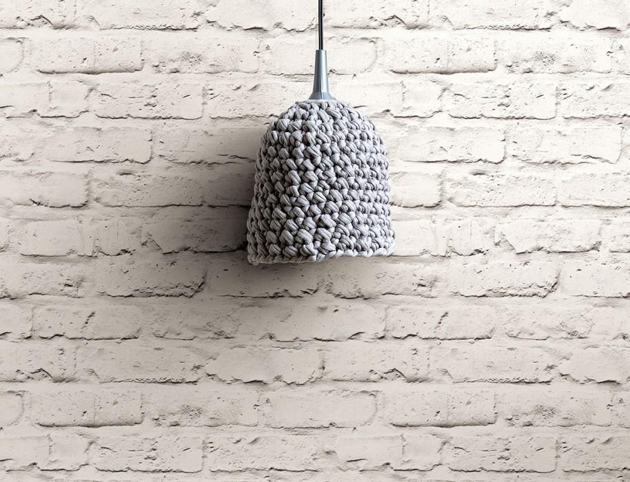 La carta che riproduce il mattone (o la pietra) verniciato di bianco (cartadaparatideglianni70.com)