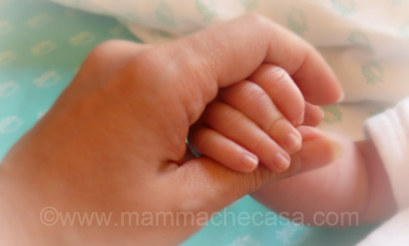 baby mother hands